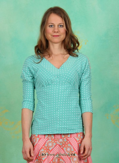 Shirt, Big V Batshirt, seaside-dots