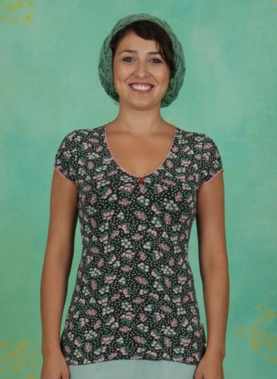 T-Shirt, V-Neck Liebt Dich Tee, berry-valley-fleurs