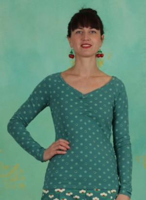Shirt, Pretty Betty Longsie, lucky-clover