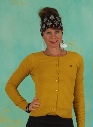 Cardigan, Save The Brave Cardy, suited-in-yellow