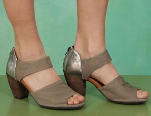 Schuhe, Esta, cup-quartejones-gold